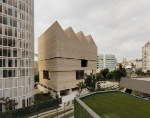 3 INCREÍBLES obras construidas con Metecno #PanelMetecno
